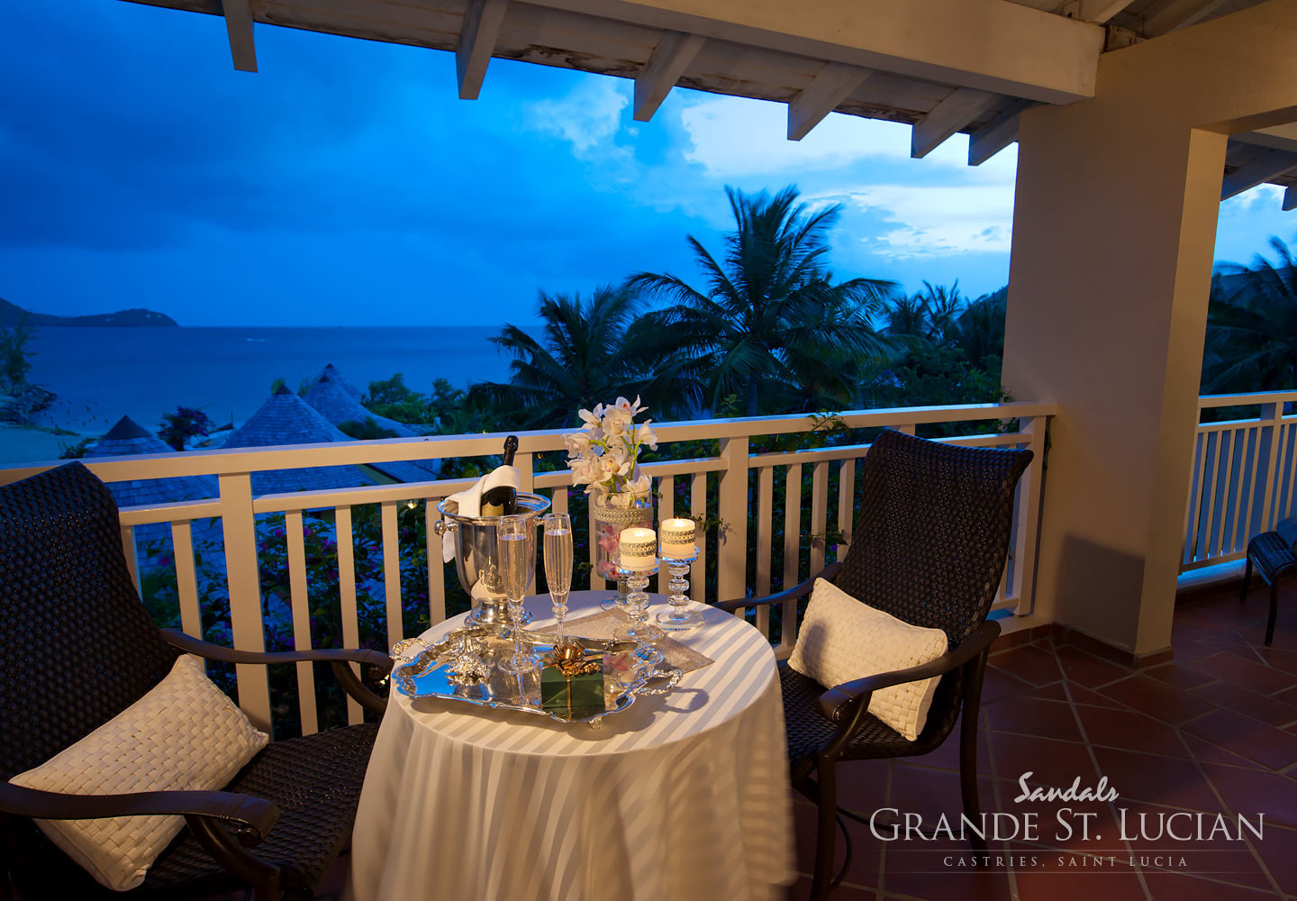 Romantic dining at Sandals Grande St. Lucian