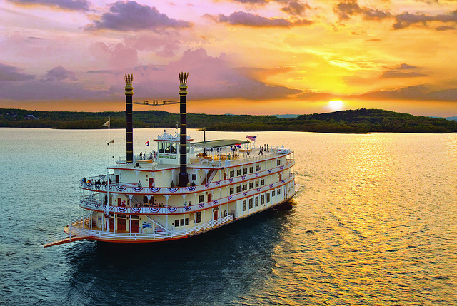Showboat Branson Belle/Photo: ExploreBranson.com
