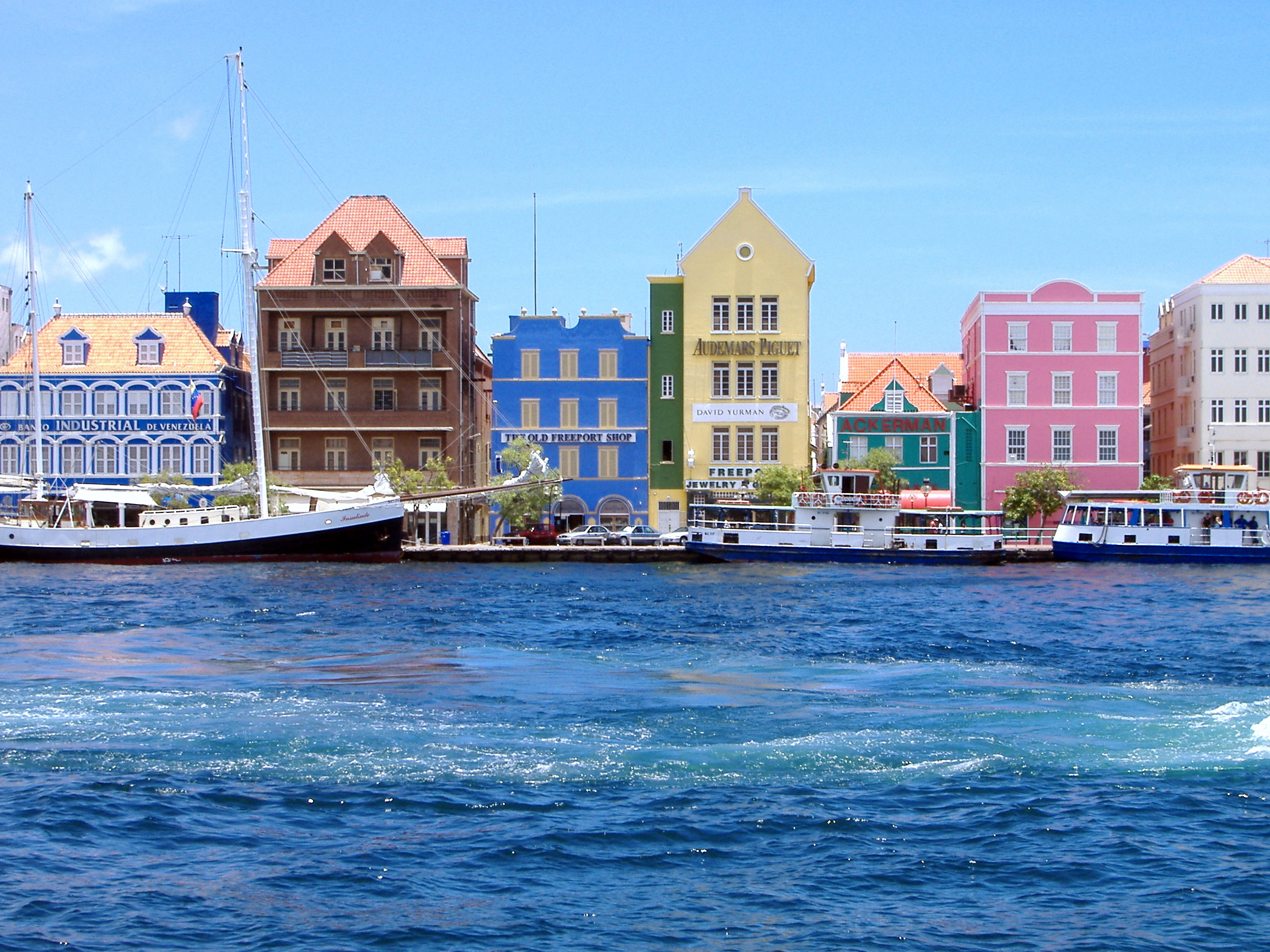 Willemstad's harbour - Image: Mtmelendez CC BY-SA 3.0