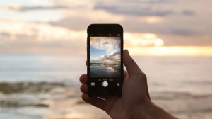 10 awesome travel apps you'll want for your honeymoon