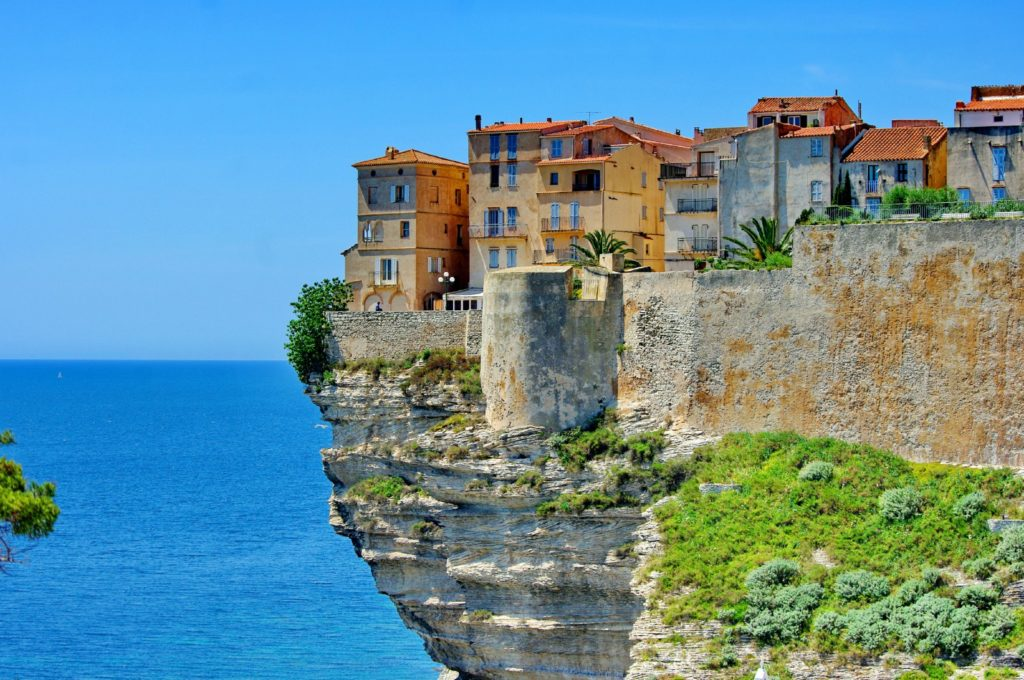 Houses at Bonifacio in Corsica is built on cliff / Pascal POGGI / Getty Images