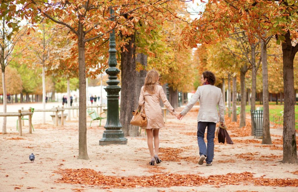 An Autumn date in Paris / Copyright: encrier