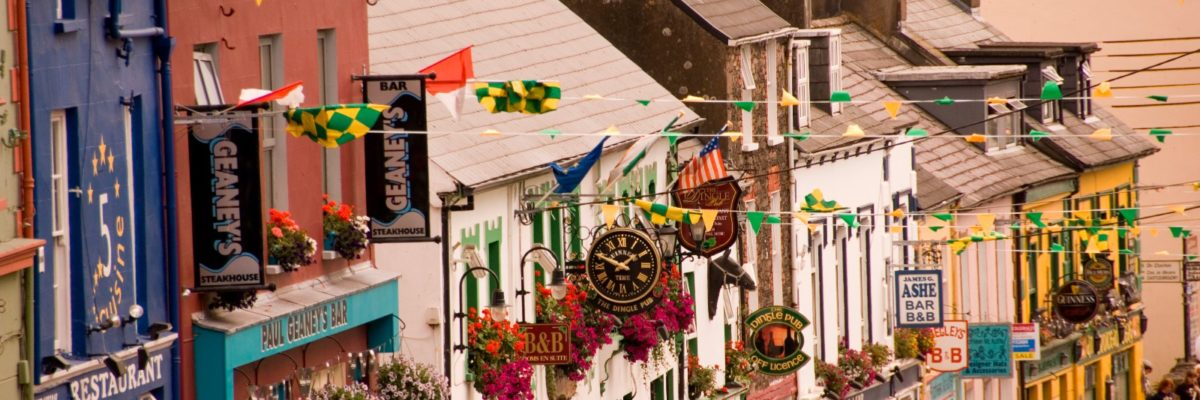 Dingle main street / Image: John Hession, Tourism Ireland